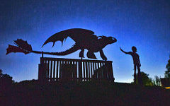 Silhouettesman Dragon trainer